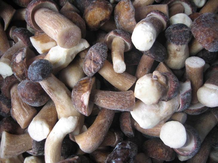 Грибы белые быстрозамороженные 1 сорт 3-5 см